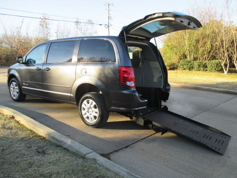 Dodge Grand Caravan - Rear Entry - View 1