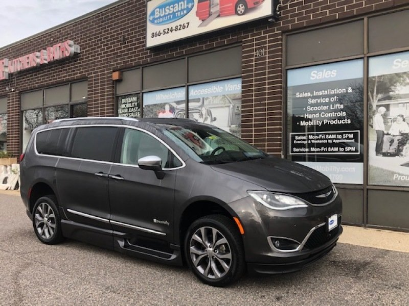 2018 Chrysler Pacifica Ltd