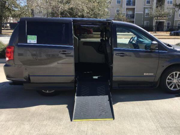 wheelchair vans for rent